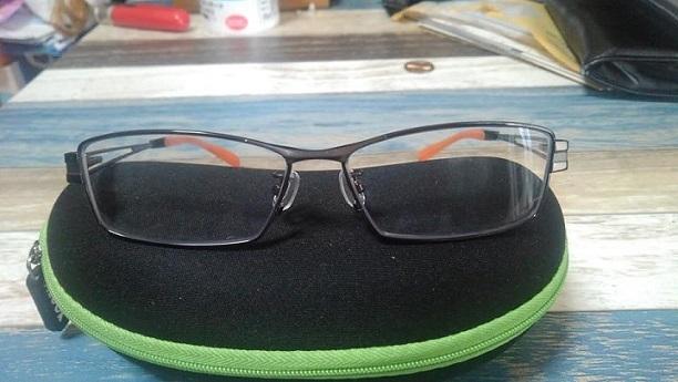 バイク用眼鏡1_n.jpg